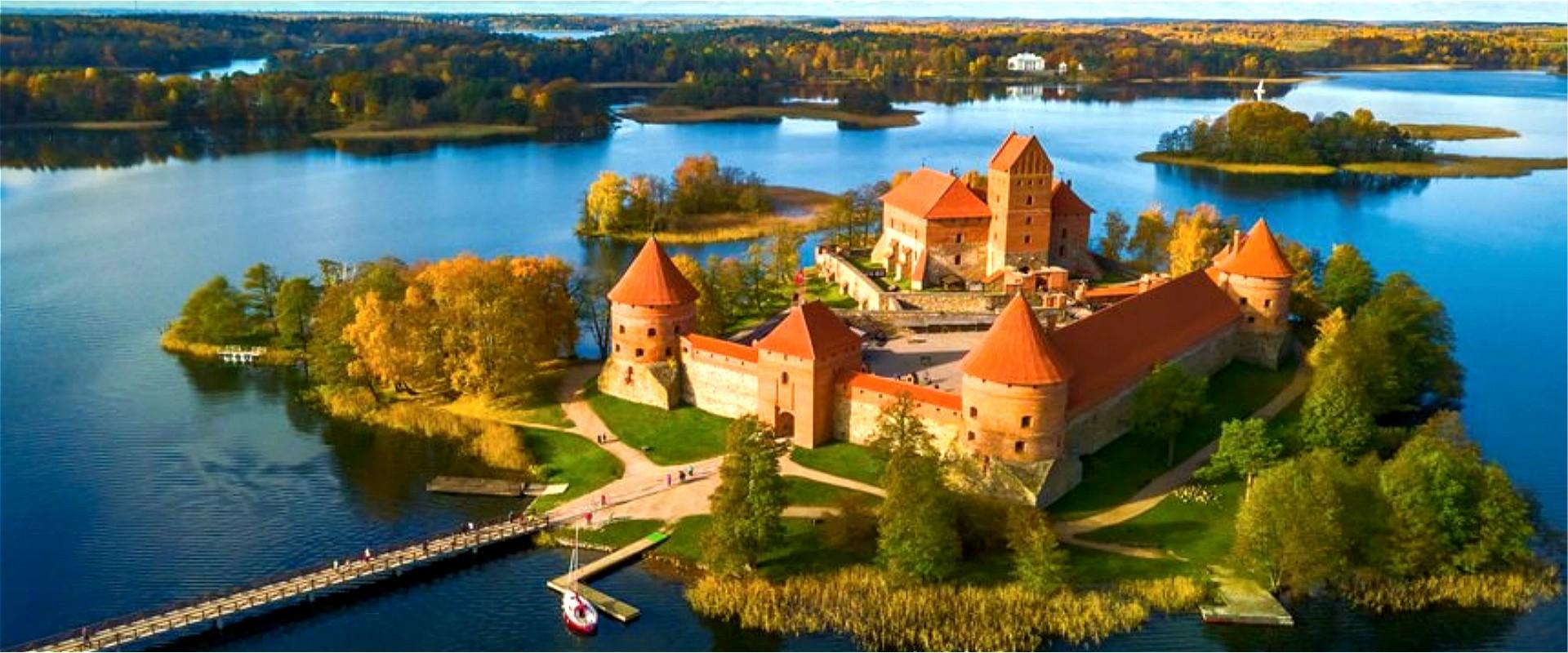 Pays Baltes & Bélarus ( 23 jours)