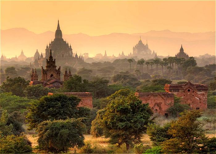 """La Birmanie                """"Mille ans d'histoire"""""""