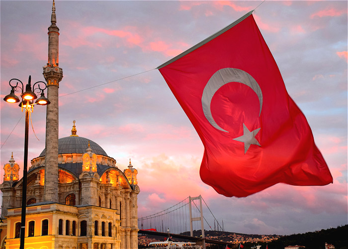 JOUR 1:  MONTRÉAL - ISTANBUL