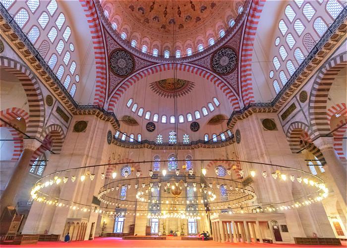 JOUR 3:  ISTANBUL